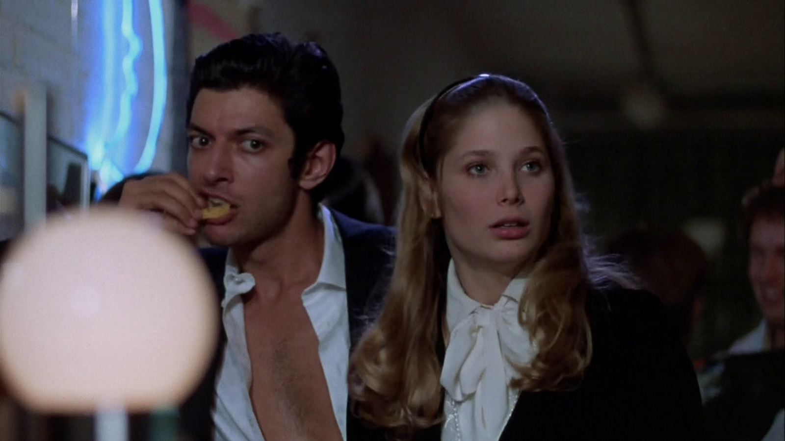 deborah-raffin-and-jeff-goldblum-the-sentinel-1977-hd-image