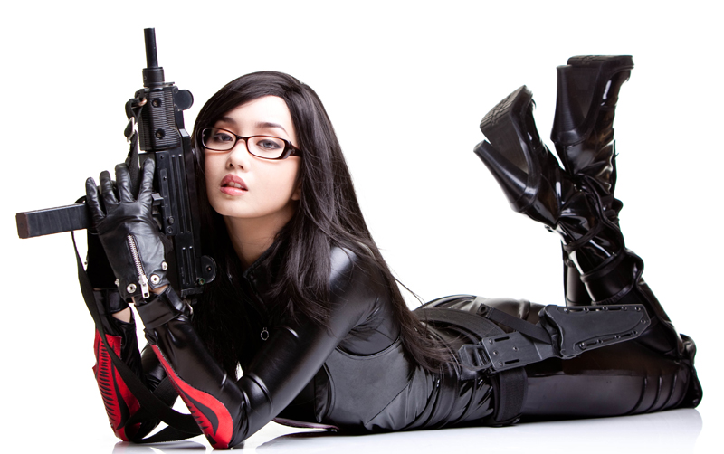 Alodia-Cosplay-GI-Joe-The-Baroness