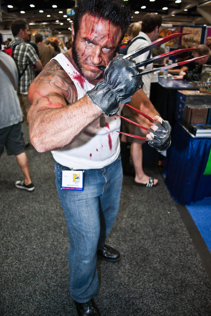 Awesome-Wolverine-Cosplay-SDCC-2011