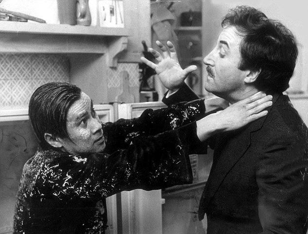 Clouseau_vs_Cato_Picture