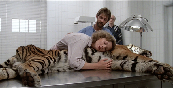 manhunter-1986-movie-review-tom-noonan-joan-allen-tiger-scene-reba-mcclane-francis-dollarhyde