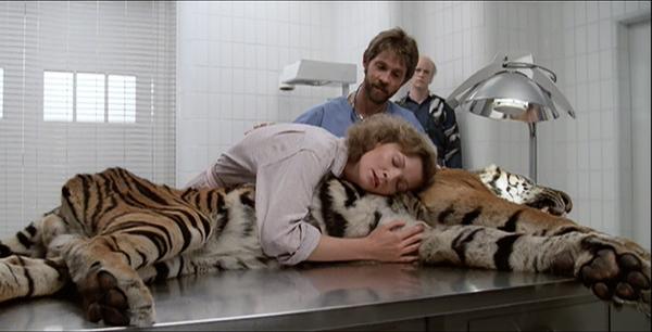 manhunter-1986-movie-review-tom-noonan-joan-allen-tiger-scene-reba-mcclane-francis-dollarhyde