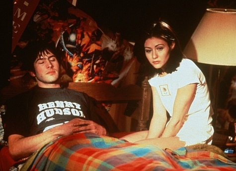 Shannen Doherty and Jason Lee in Mallrats (1995)