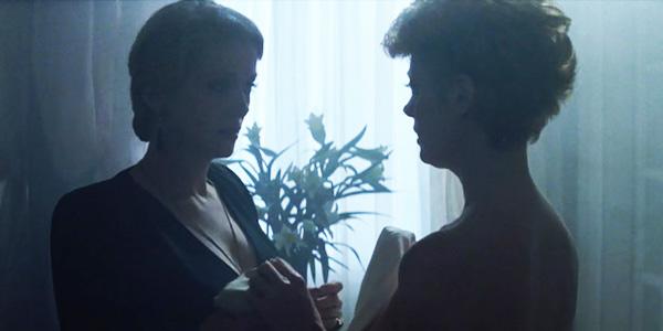 lesbiyskaya-stsena-katrin-denev
