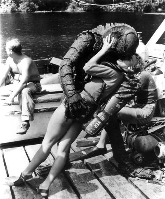 photo-l-etrange-creature-du-lac-noir-creature-from-the-black-lagoon-1954-28
