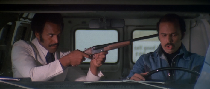 MEAN JOHNNY BARROWS - Fred Williamson with shotgun