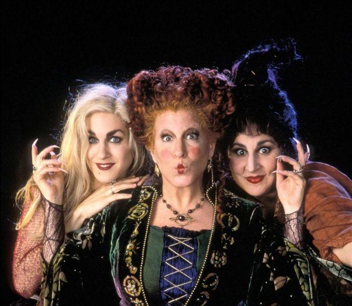 Sarah Jessica Parker, Bette Midler, and Kathy Najimy in HOCUS POCUS (1993)