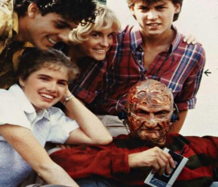 A Nightmare On Elm Street 1984 hangin with mr krueger