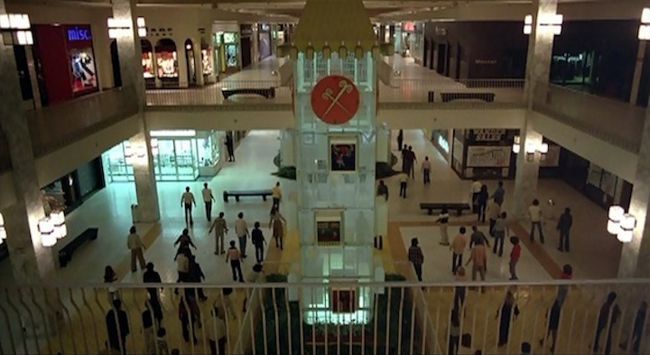 Dawn of the Dead 1978 attention shoppers