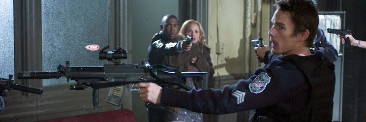 ASSAULT ON PRECINCT 13 (2005) standoff