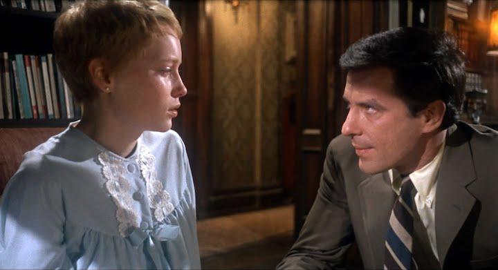 ROSEMARY'S BABY (1968) Mia Farrow and John Cassavetes
