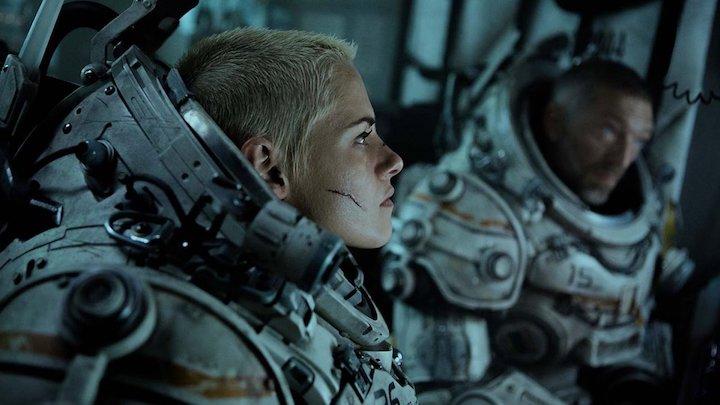 UNDERWATER (2020) Kristen Stewart VIncent Cassel