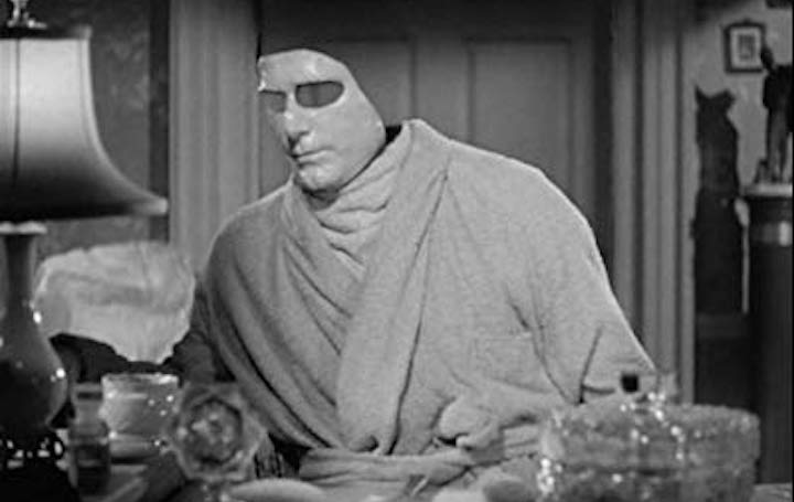 INVISIBLE AGENT (1942) Puts on his face