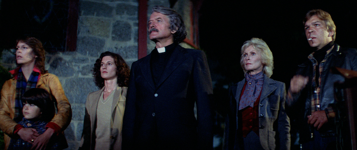 THE FOG (1980) Jamie Lee Curtis, Ty Mitchell, Nancy Loomis, Hal Holbrook, Janet Leigh, and Tom Atkins