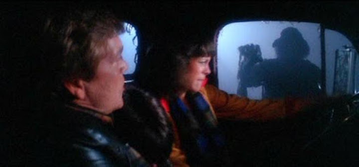THE FOG (1980) Tom Atkins and Jamie Lee Curtis are awkward with squeegee men too