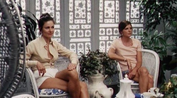 THE STEPFORD WIVES (1975) Paula Prentiss and Katherine Ross