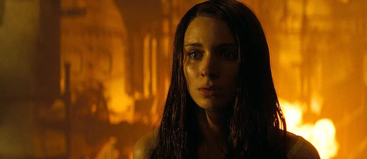 A NIGHTMARE ON ELM STREET (2010) remake Rooney Mara